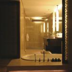 Villa View 04 Bathroom_2