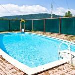 Открытый летний бассейн